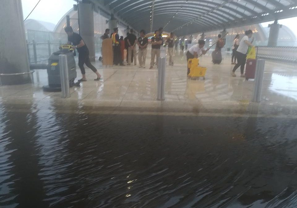 Contractor blamed for flooding in Terminal 2 of Mactan-Cebu Airport