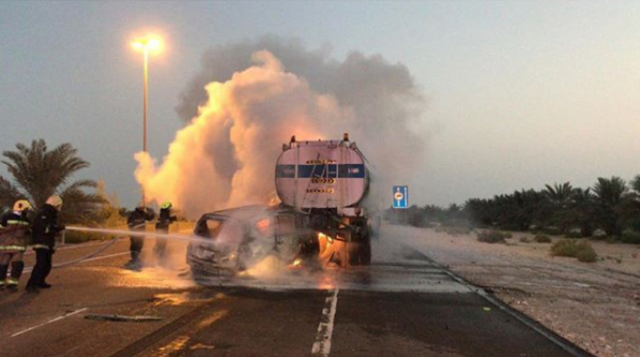 SUV crashes into water tanker in Abu Dhabi