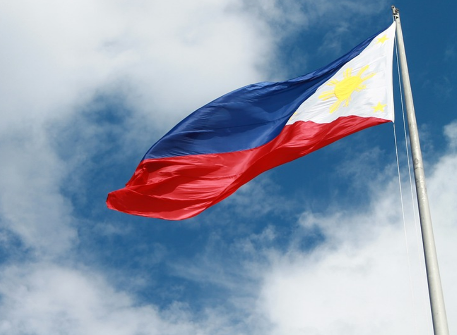 Police arrest 34 people for not standing up for PH national anthem