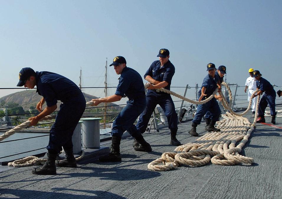 Senators push for seafarers' Magna Carta