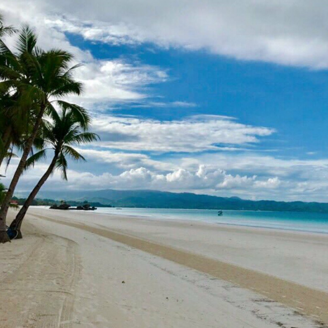 Tourist Advisory: Boracay Now Requires Proof Of Confirmed