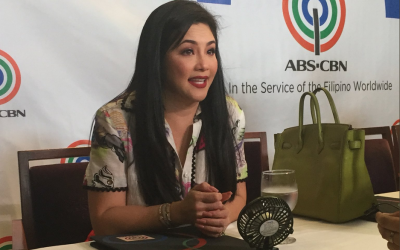 LOOK: Regine Velasquez signs exclusive contract with ABS-CBN