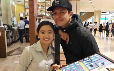 This photo of Jericho Rosales with netizen is going viral, find out why