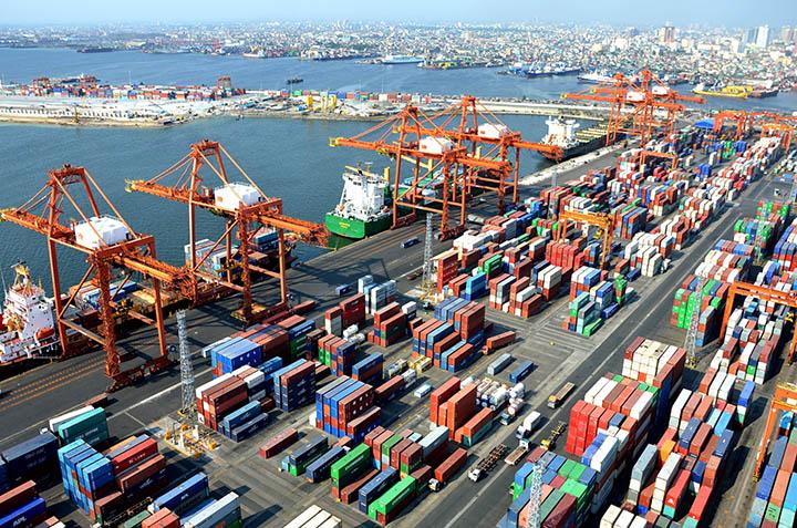 Duterte clarifies military take over of Customs