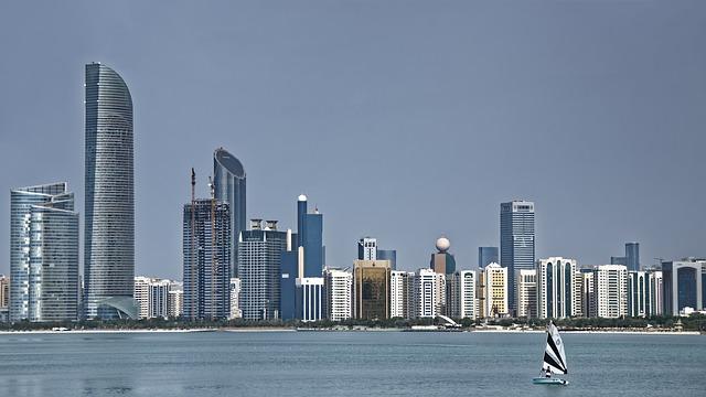 10,000 job vacancies in public, private sector in UAE