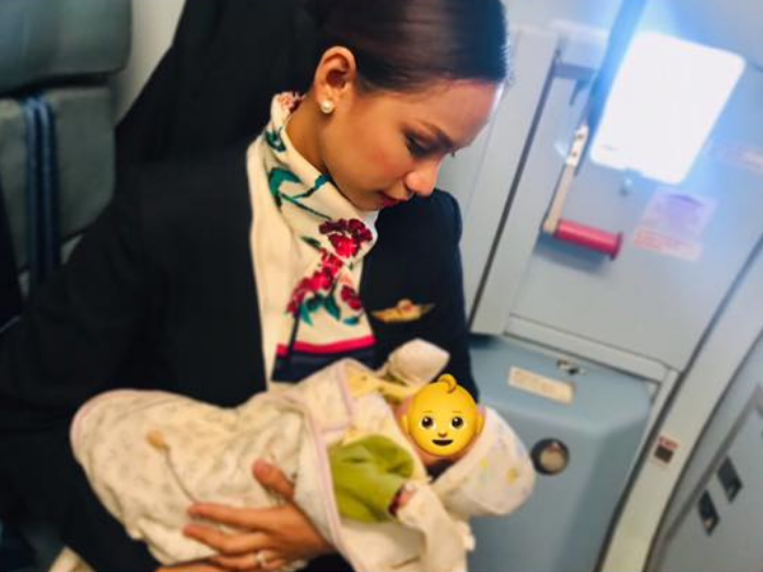 VIRAL: PAL's stewardess breastfed stranger's baby on board