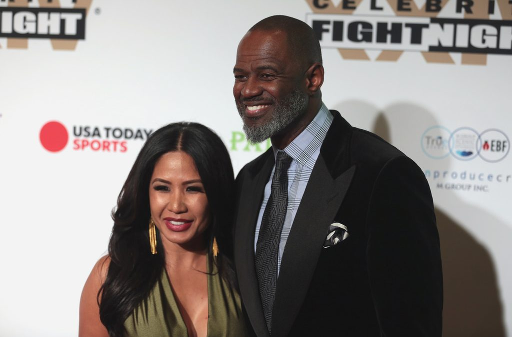 Brian McKnight head over heels over Pinay wife and PH