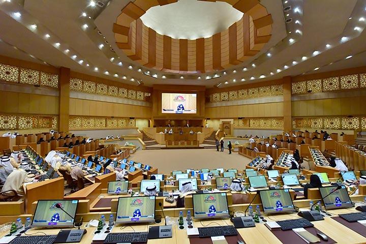 Sheikh Khalifa orders increase in women representation in Federal National Council