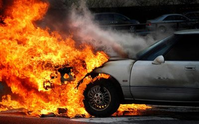 Two cars catch fire in Sharjah