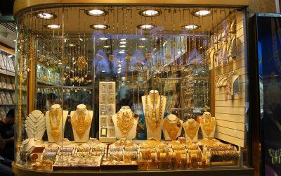 UAE gold price drops; 18K at Dh119