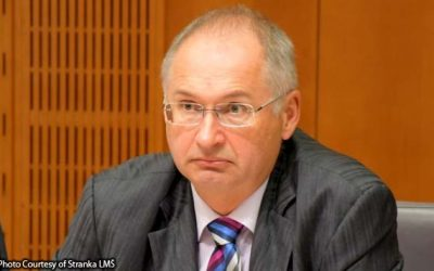 Lawmaker in Slovenia quits over sandwich he stole