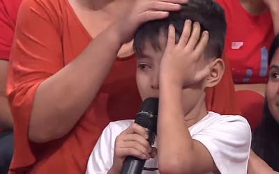 """Crying kid's request to OFW mum: """"Sana hindi ka na lang umalis"""""""