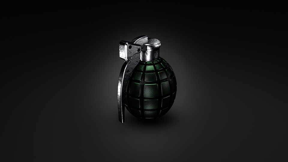 Grenade found inside passenger's bag at MRT3 Cubao station