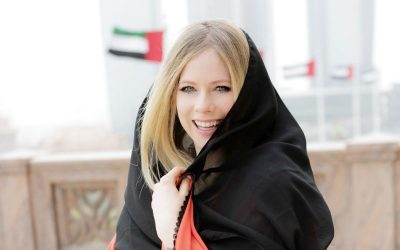 Avril Lavigne's abaya-clad photos in UAE has got the Internet talking