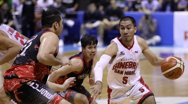 Ginebra rallies to a 3-point win against Phoenix