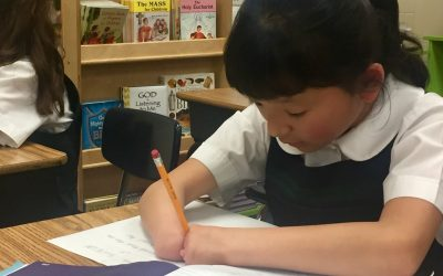 'Handless girl' wins handwriting competition in the U.S.