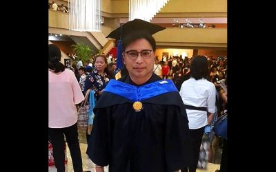 Arnell Ignacio finishes college at 55