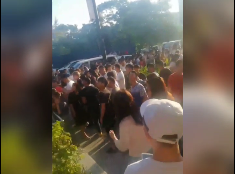 WATCH: Filipinos forced to flee to the streets as 5.7 earthquake shakes Manila