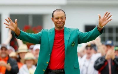 Woods ends 11-year draught, bags Masters