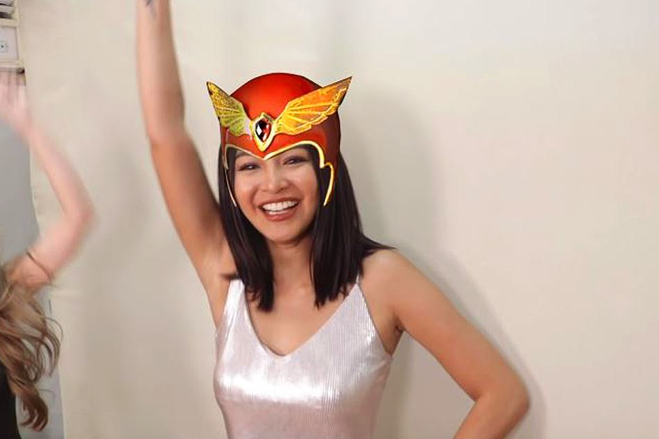 "Video of Nadine Lustre shouting ""Darna"" goes viral"