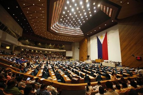 House OKs bill extending travel perks to OFW dependents