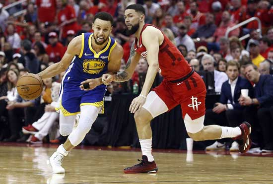 Curry brings it on in the second half as Warriors beat Rockets, 118-113