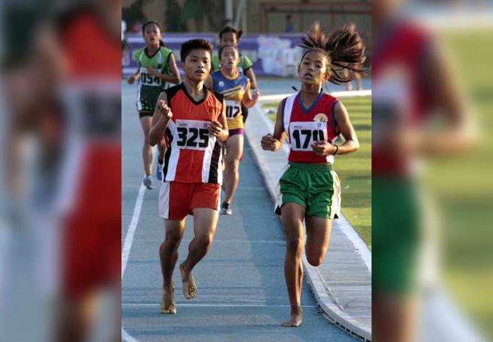 Barefoot runner from Bicol bags gold at  2019 Palarong Pambansa