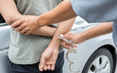 5 expats arrested for possessing alcohol