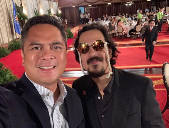 Pres. Duterte wasn't able to recognize John Lloyd Cruz during private dinner