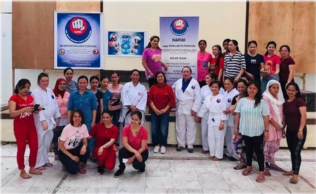 Female OFWs in Jeddah attend advanced self-defense workshop