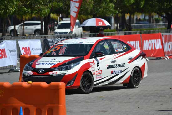 14-year-old Boy Wonder scores dramatic victory at Toyota Vios races