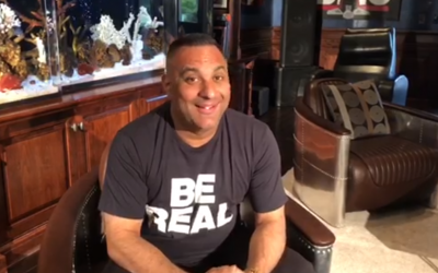 Russell Peters to headline first event at Dubai Arena
