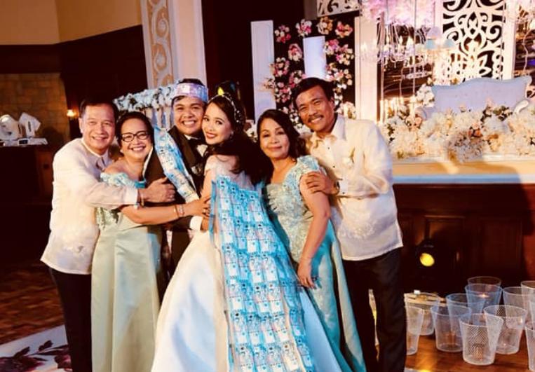 Money Dance Wedding.Pera Na Naging Damit Couple S Wedding Day Pasabit Reaches