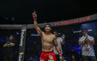 Folayang starts way back with an Alvarez face-off