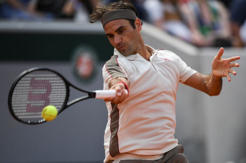 Federer makes it to 12th French Open quarterfinal