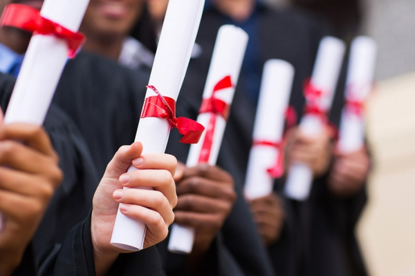 OFW graduates cum laude at 42