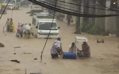 Netizens express dismay over Boracay flooding