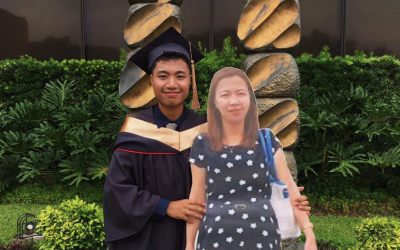 Son brings standee of his deceased mom to his graduation