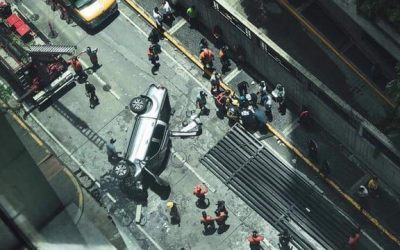 LOOK: Car falls from hotel in Ortigas, driver injured