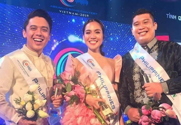 WATCH: Aicelle Santos wins silver award in a singing contest