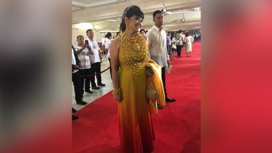 Photo of Senator Imee Marcos wears yellow gown during SONA