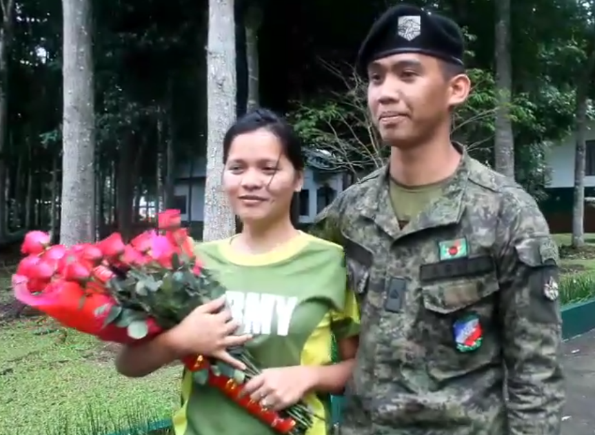 WATCH: 'Kilig overload' as Army soldier proposes to girlfriend while training
