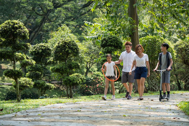 Walking with nature helps reduce depression – study