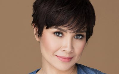 Lea Salonga receives compliment written in a table napkin