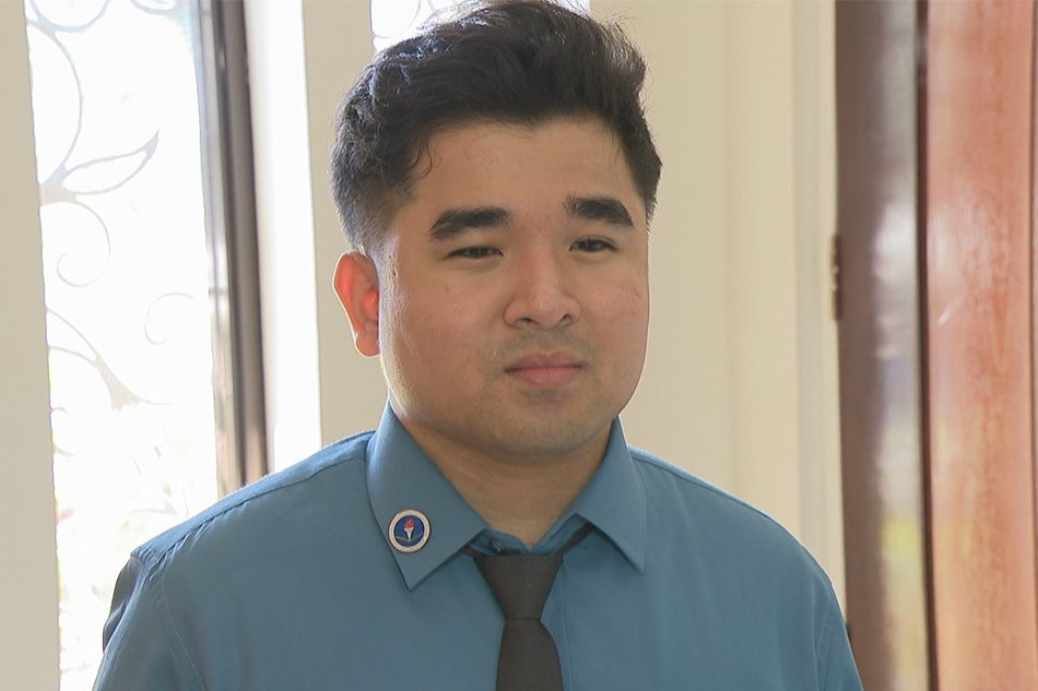 Deaf student achieves dream of being a licensed teacher