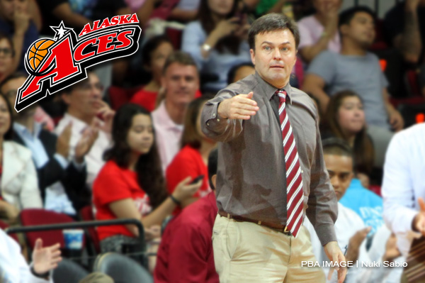 Compton resigns as Alaska coach