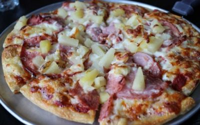 Where did the Hawaiian Pizza come from?
