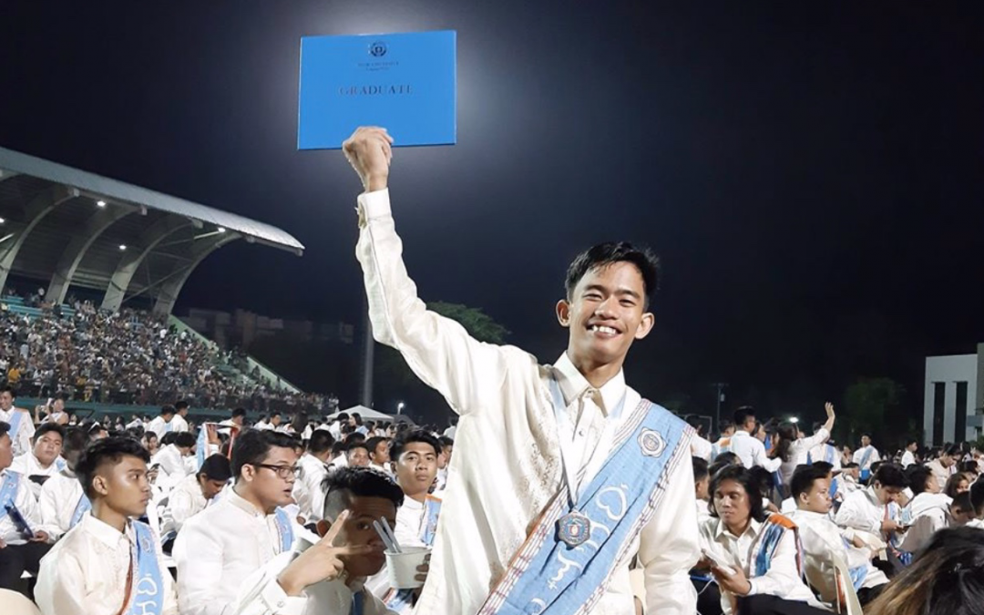 Son of electrician, manicurist tops Electrical Engineering exams