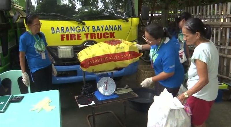 Muntinlupa village offers rice for plastic waste