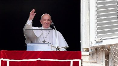 Photo of Pope Francis to hold Holy Week celebration through livestream